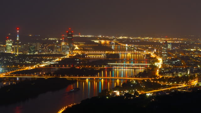 Stadt Wien bei Nacht-Zeitraffer