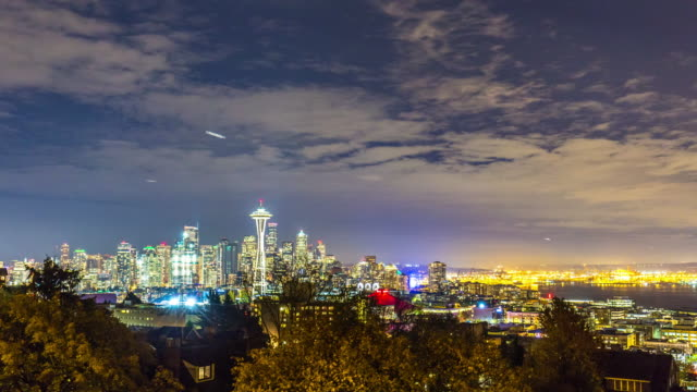 cityscape and skyline of seattle at dawn. timelapse 4k