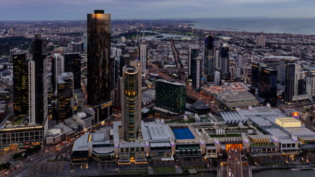 4K Cityscapes Time-lapse: Sunset Melbourne skyline with bay