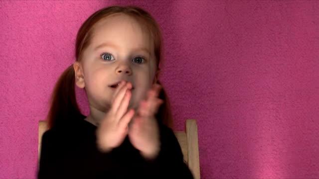 Clapping Girl (HD,NTSC)