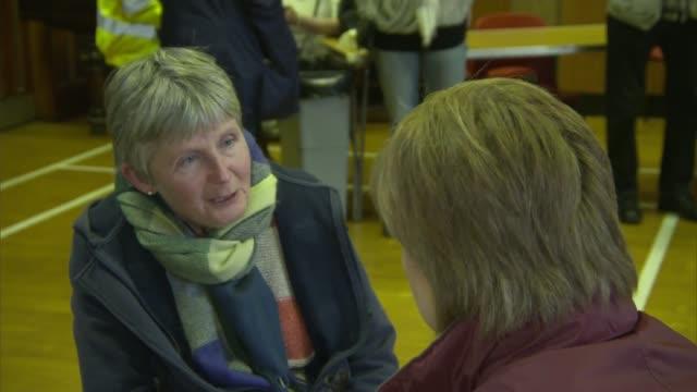 Sturgeon visits Newton Stewart SCOTLAND Dumfries and Glloway Newton Stewart INT Nicola Sturgeon MSP meeting local people members of the emergency...