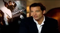 Clive Owen stars in new movie 'Shoot 'em Up' ENGLAND London GIR INT Clive Owen interview SOT Talks about the narrative of his new action film 'Shoot...
