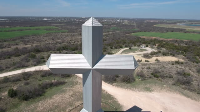 Close pull back of cross - Drone Aerial 4K Texas Cross, Jesus, Christian, religious, large cross, GOD 4K Nature/Wildlife/Weather Drone Aerial View