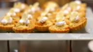 close up : cream cookie