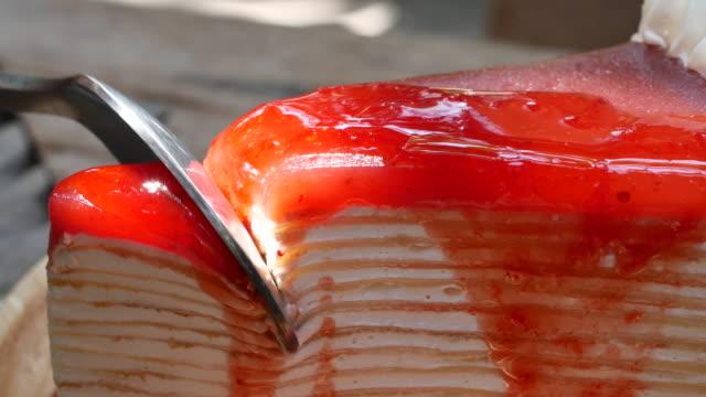 Close up Cutting cake