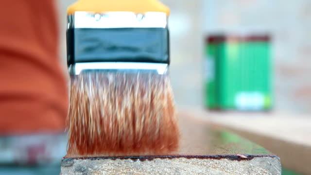 Nahaufnahme von paint brush painting