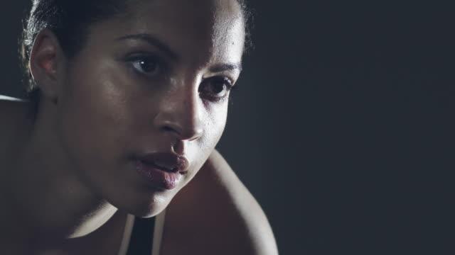 Nahaufnahme Zeitlupe weibliche Athleten