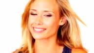 Nahaufnahme Porträt einer lächelnden schönen jungen Dame