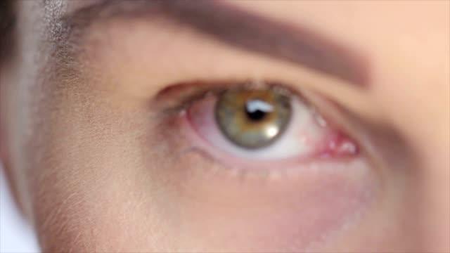 Close-up to eye