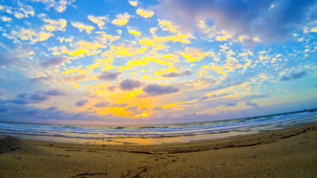 HD TIME LAPSE: Cloudscape On The Florida Beach