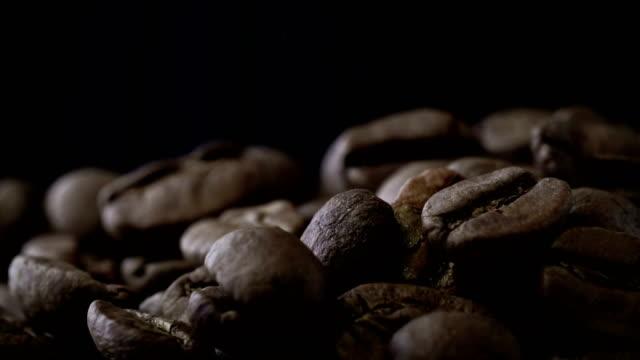4K koffiebonen achtergrond