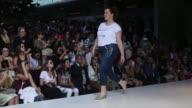 Colombiamoda una de las citas mas importantes de la moda en Latinoamerica inauguro su pasarela en la ciudad de Medellin donde presento colecciones...