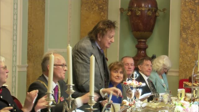 Comedian Ken Dodd celebrates 90th birthday ENGLAND Liverpool PHOTOGRAPHY *** Comedian Ken Dodd standing to speak at civic lunch to celebrate his 90th...