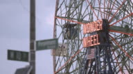 Coney Island Ferris Wheel - establishing shot - closeup - 4k