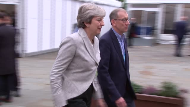 opening day Theresa May arrives at conference ENGLAND Manchester EXT Theresa May MP and Philip May along as arriving at Conservative party conference