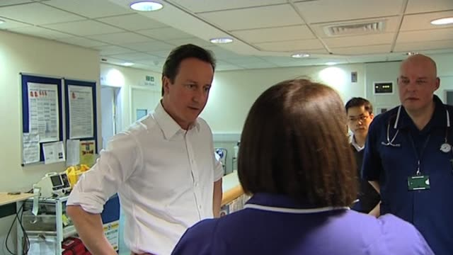 Conservatve Party leader David Cameron visits NHS hospital UK 27 February 2010