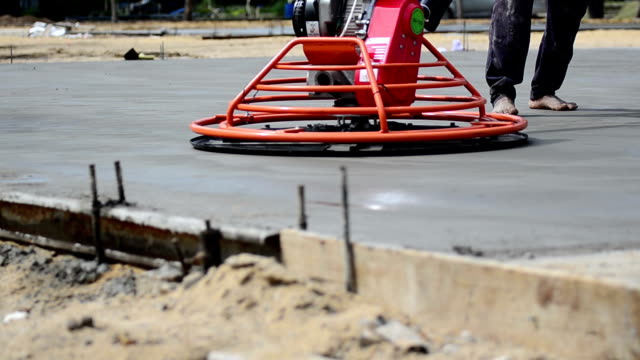 Konstruktion: Neue Zementboden Smoothening