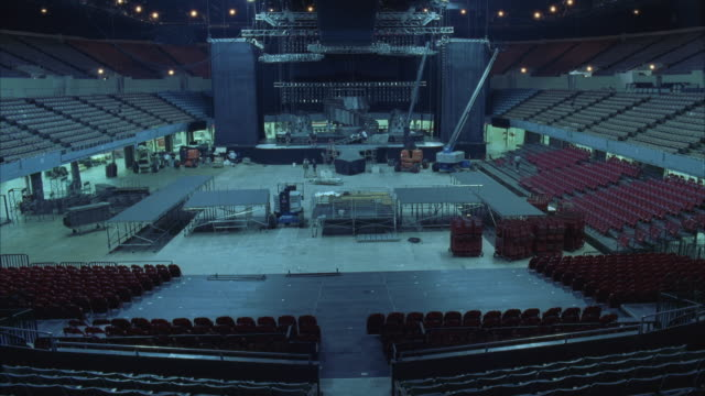 T/L WS HA Construction of large rock concert stage in stadium