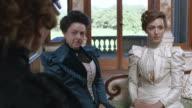 CU TU Consuelo Vanderbilt with Alva Vanderbilt talking with Minnie Paget / United Kingdom