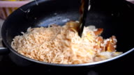 cook Yaki soba