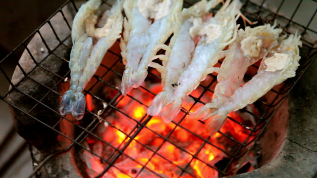 cooking grill shrimp