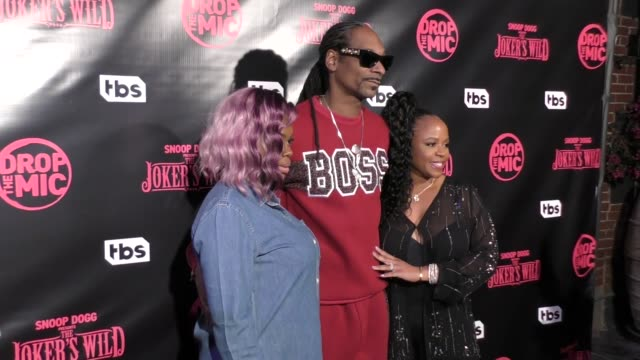Cori Broadus Snoop Dogg and Shante Broadus at TBS' Drop the Mic and The Joker's Wild Premiere Party at Dream Hotel on October 11 2017 in Hollywood...