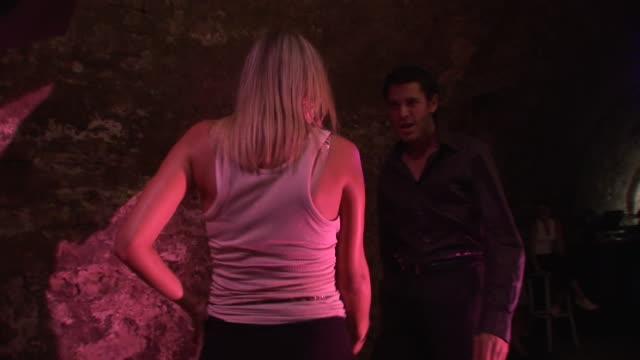 HD: Coppia ballare In un Club