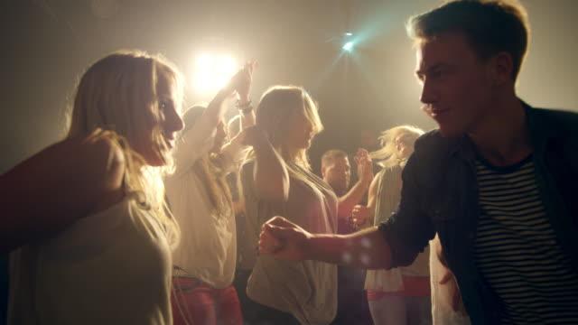 Paar-Tanz in der disco