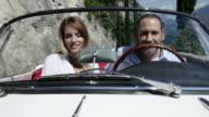 Paar fahren cabriolet-Kollektion