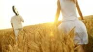 HD: Paar In Wheat