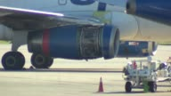Cowling of engine comes off a Airbus A319 A Spirit Airline Flight had to return to O'Hare airport after the cover for one of the engines fell off...