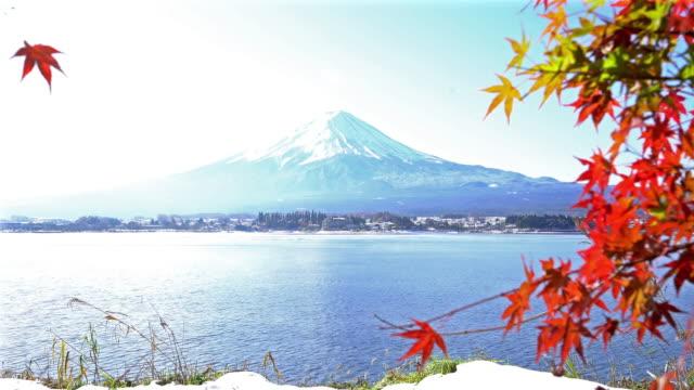 Crane shot Fujisan in koyo autumn at kawaguchiko lake Yamanashi Japan