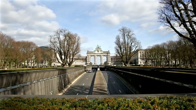 HD Crane shot: The Triumphal Arch in Cinquantenaire Parc Brussels