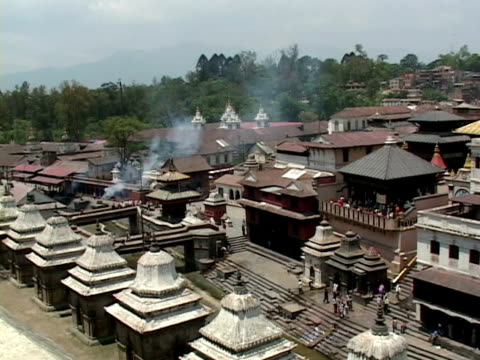 WS, HA, Cremation at Arya Ghat, Pashupatinath temple, Katmandu, Katmandu Valley, Nepal