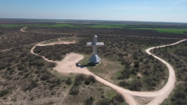 Cross Pull back - Drone Aerial 4K Texas Cross, Jesus, Christian, religious, large cross, GOD 4K Nature/Wildlife/Weather Drone Aerial View