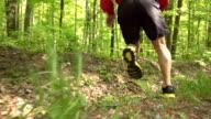 - SUPER ZEITLUPE, HD: Cross-country-Running