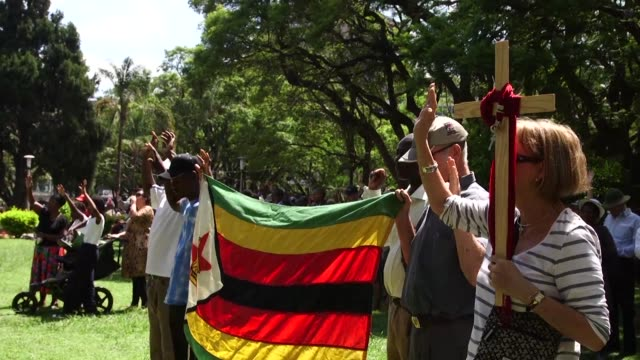 A crowd gathers at Africa Unity Square in the Zimbabwean capital to pray for the political situation to be resolved in Zimbabwe