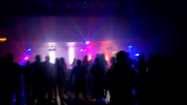 Menschenmenge in der disco party
