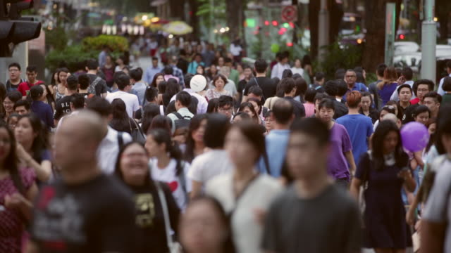 WS Crowd shopping on Orchard Road