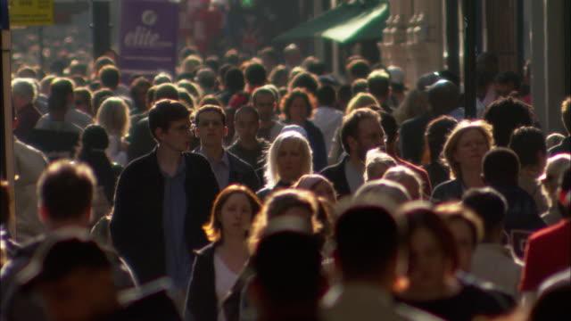 CU, FOCUSING, Crowded street, London , England