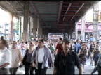 Crowds of people walking across the Queensboro Bridge during the blackout 2003 blackout crowds walking on the Queensboro Br on August 14 2003 in New...