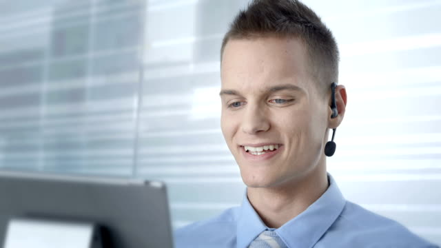 HD: Customer Service Advisor Talking With Clients