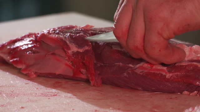 Cut up meat