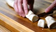 skär bröddeg