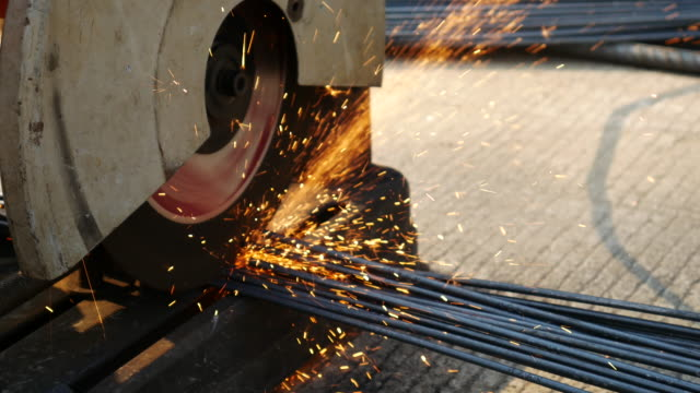 Cutting steel by cutting machine , 4k(UHD)