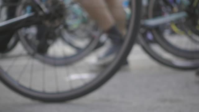 cycling-parade
