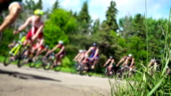Ciclismo triathlon competitivo road race.