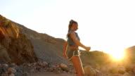 Danseres meisje in het wild