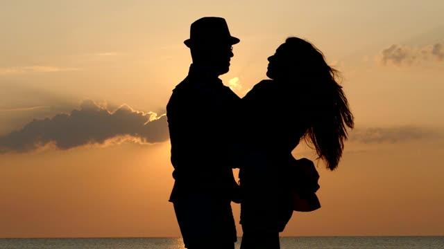 Ballare al tramonto moviola