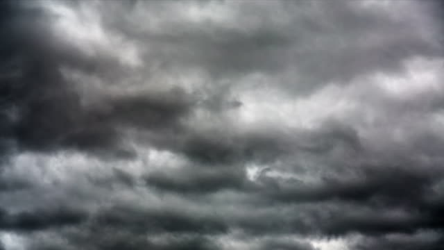 TIME LAPSE: Dark Clouds